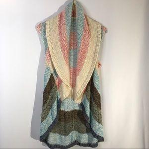 Cabi 216 Circle Line Up Striped Boho Vest Sweater